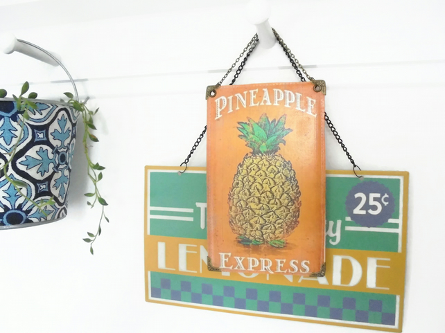 Hanging Vinyl Wall Art, pineapple wall decor