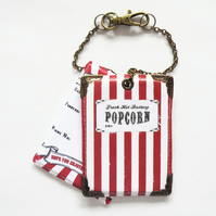 Retro popcorn, luggage tags, travel tags, suitcase tags, summer holidays, circus