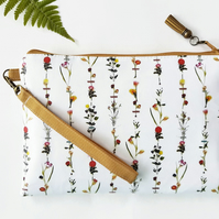 Botanical vegan leather wristlet clutch,credit card pockets and phone seperator.