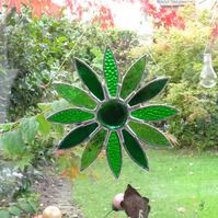 Stained Glass Daisy Suncatcher - Green