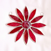 Red Stained Glass Daisy Suncatcher - Handmade Hanging Decoration