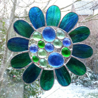 Stained Glass Bead Daisy Suncatcher - Handmade Decoration - Blue-Green Streaky