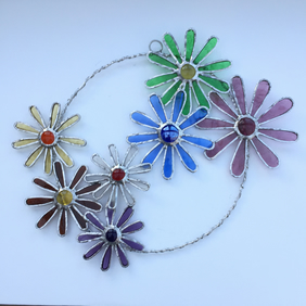 Stained Glass Daisy Circle Suncatcher - Handmade Decoration