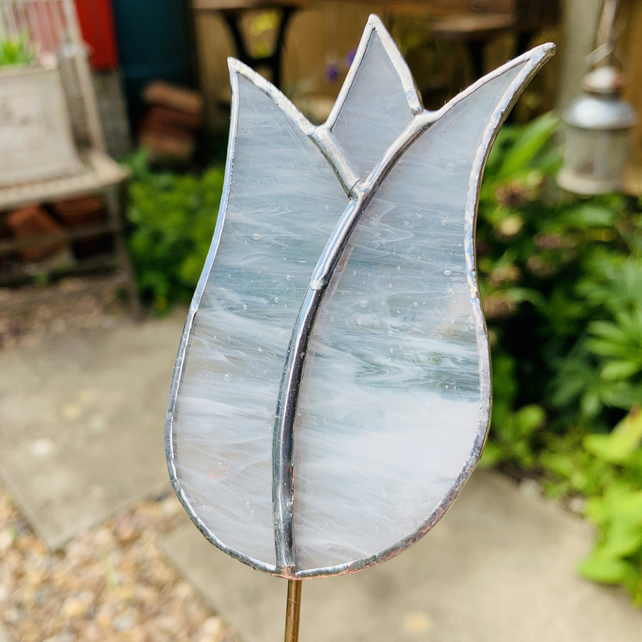 Stained Glass Lily Tulip Stake Large  - Plant Pot Decoration  - White