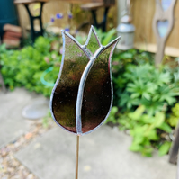 Stained  Glass Lily Tulip Stake Small - Plant Pot Decoration - Pink Streaky