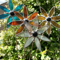 Stained  Glass Daisy Stake  - Plant Pot Decoration - Amber Streaky