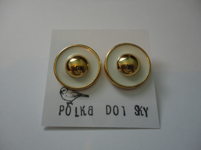 White and Gold Circular Earrings