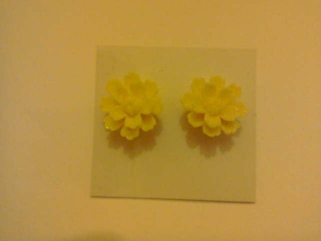 Glittery Flower Earrings 4
