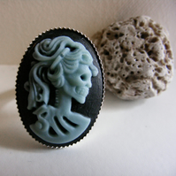 Zombie Skeleton Cameo ring