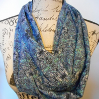 Hand-made blue patterned infinity scarf