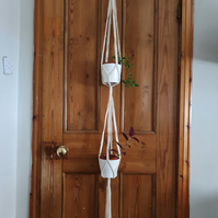 Macramé plant hanger for two pots