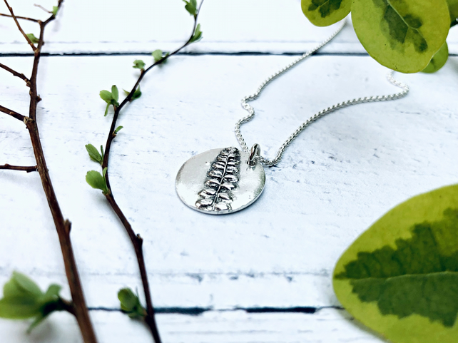 "Botanical - ""Linton"" necklace (bloom) - Silver handmade jewellery"