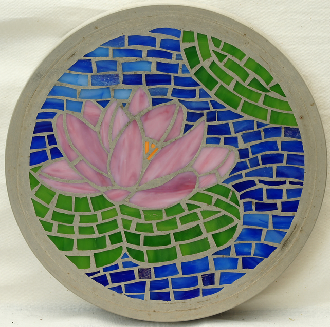 Lotus flower mosaic stepping stone  (4)