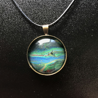Pendant 25 mm round hand painted