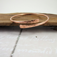 Copper Simple Hammered  Bangle, Adjustable Fit, Medium Weight Wrap Bracelet