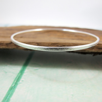 Sterling Silver Simple Frosted Bangle