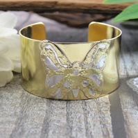 Brass Cuff, Wide Butterfly Pattern Cuff Bangle, 1in Wide Cuff Bracelet, Medium