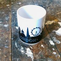 London Mug with 6 Coaster Set