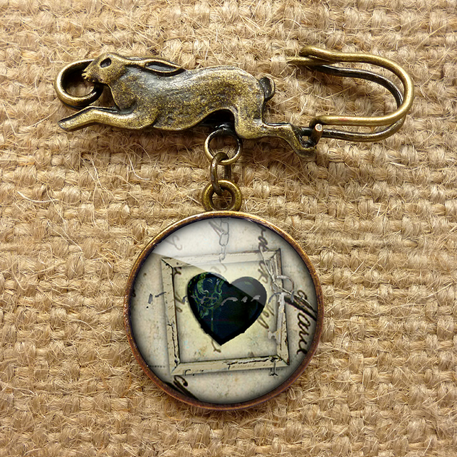 Black Heart No.1 Hare Pin Brooch (RR04)