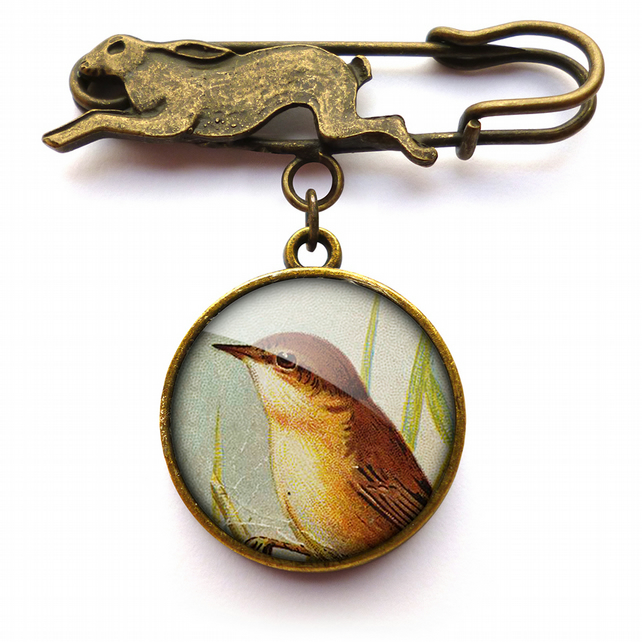 Reed Warbler Hare Pin Brooch (TB07)