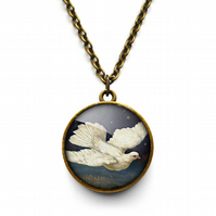 Vintage Dove Necklace (ER09)