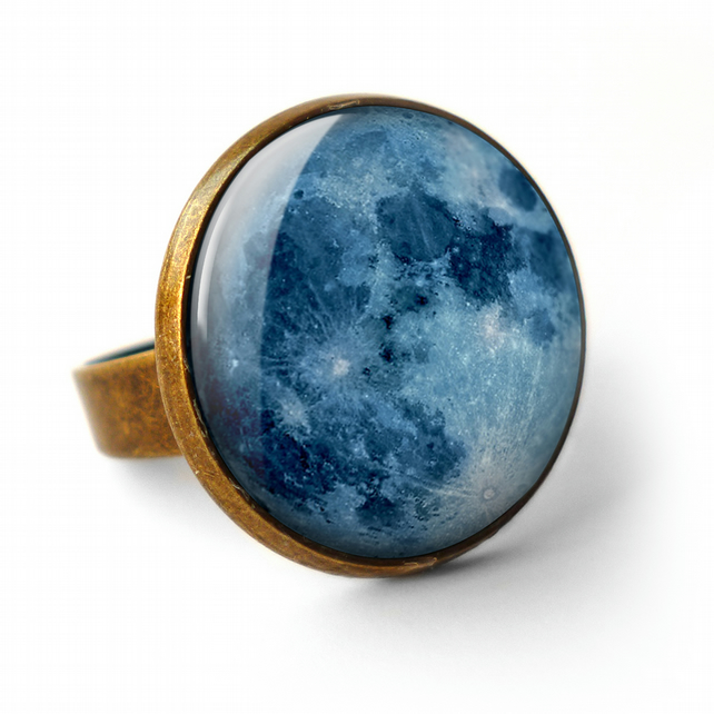 Blue Moon Ring (ER10)