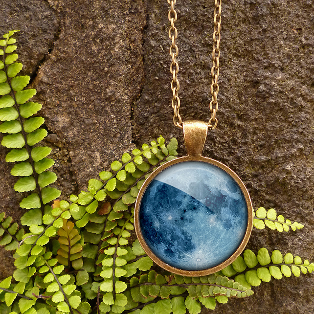 Blue Moon Large Necklace (ER10)