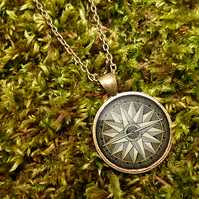 Compass No.2 Large Necklace (DJ07)