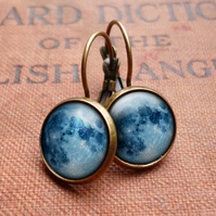 Blue Moon Leverback Earrings (ER10)