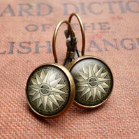 Compass No.2 Leverback Earrings (DJ07)
