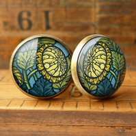 Chrysanthemum Cufflinks (AN06)
