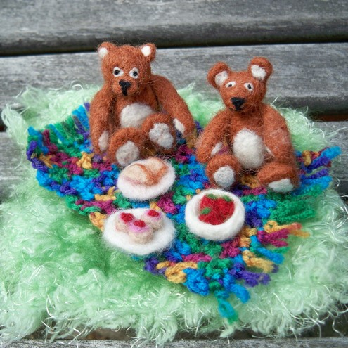 needle felted teddy bears picnic