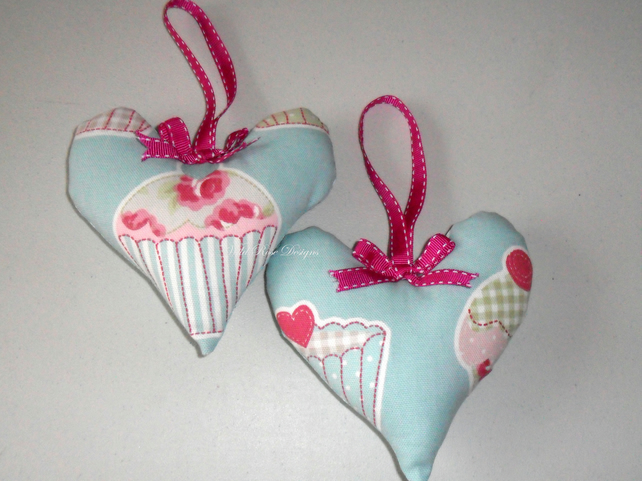 Scented hearts in blue cupcake fabric