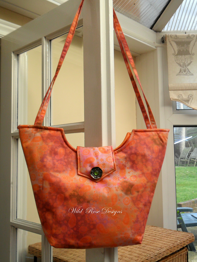 Shoulder Bag in Orange Batik