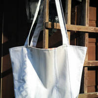 Shopping bag in Silver grey