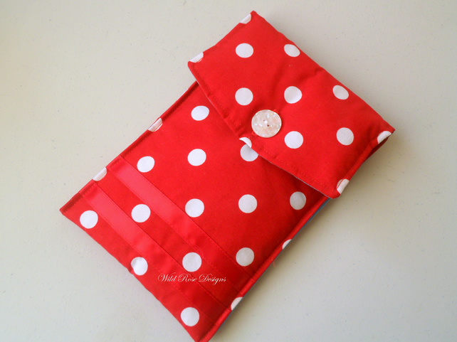 Kindle case in red with white spots