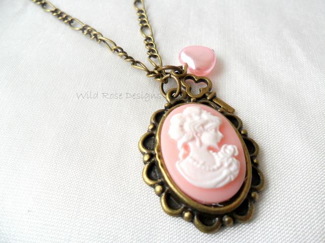 Cameo charm necklace