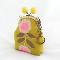 Small coin purse with bobble clasp and key ring