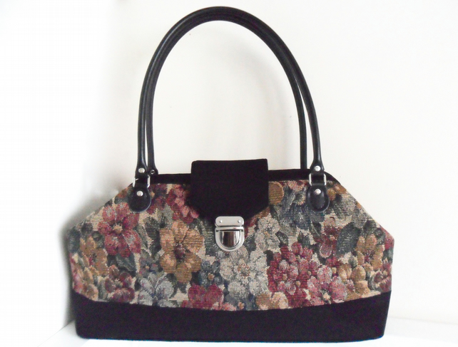 Floral carpet bag. Mary Poppins style handbag.