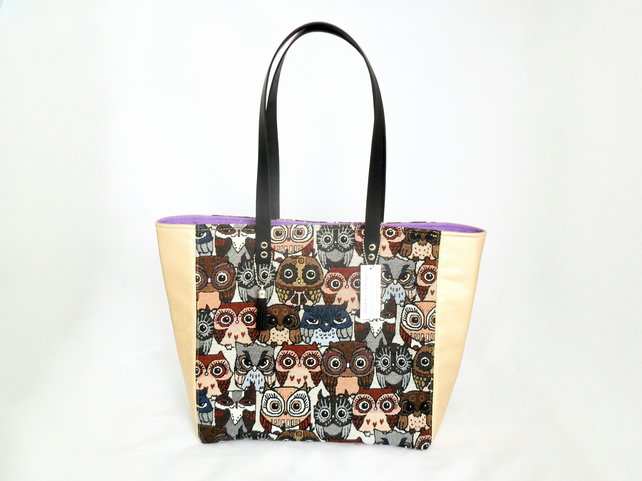 Tote bag with owls