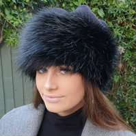 Fleece Top Faux Fur Hat in Long Black with Full Polar Fleece Lining