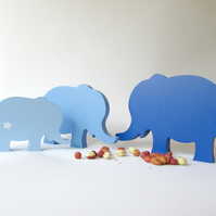 3 Elephants in a row, set of mdf Elle's Mama, Papa & Baby