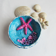 Papier Mache Ornamental Rock Pool Dish with Starfish Detail