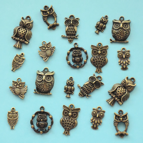OWL Charm mix, 20 charms, antique bronze tone