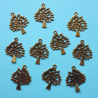 TREE Charms x 10, antique GOLD tone charm