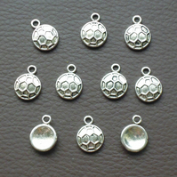 FOOTBALL Charms x 10, antique silver tone, charm