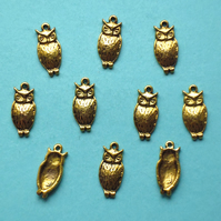 OWL Charms x 10, antique GOLD tone charm