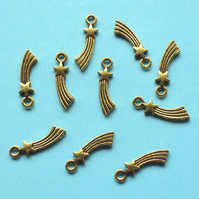 SHOOTING STAR Charms x 10, antique gold tone, charm
