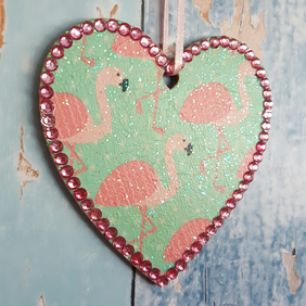 Flamingo Heart, Hanging decoration, country cottage chic, pink and turquoise