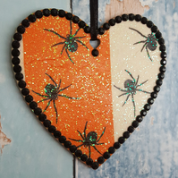Spider hanging Heart decoration, halloween, goth, spiders, orange
